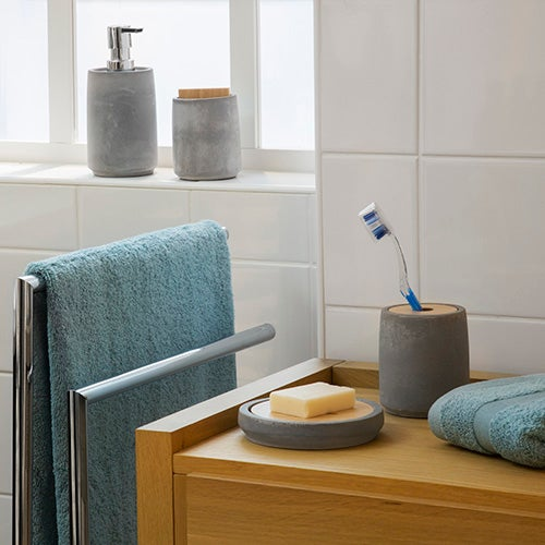 อุปกรณ์อาบน้ำ