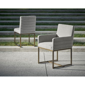 19134687-643733-furniture-dining-room-chairs-31