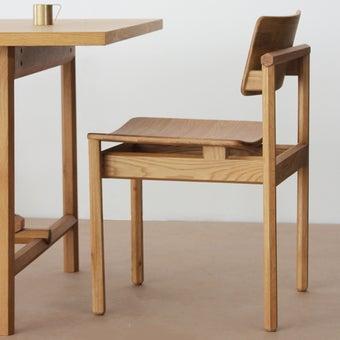เก้าอี้สั่งทำ รุ่น Dinsor สีไม้อ่อน1