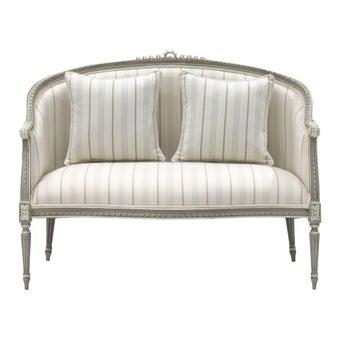19155345-int7811-furniture-sofa-recliner-sofas-01