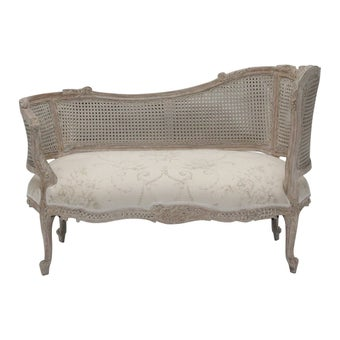 19194033-int7817-furniture-sofa-recliner-sofas-01