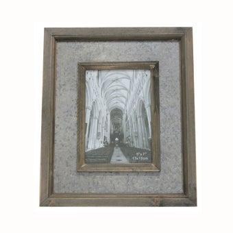 25026213-photo-frames-wall-art-table-photo-frames-01