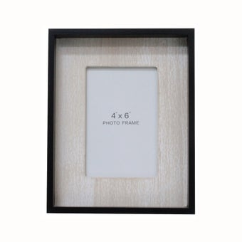 25026273-photo-frames-wall-art-table-photo-frames-01