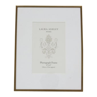 25030686-luxury-home-decor-photo-frames-wall-art-table-photo-frames-01