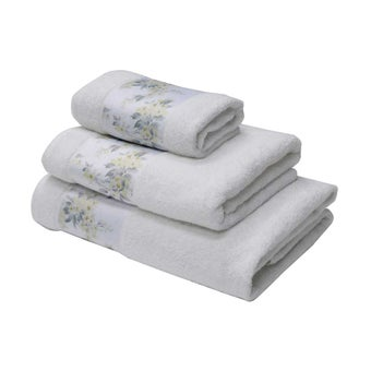 25031681-luxury-bathroom-bath-linens-towel-31