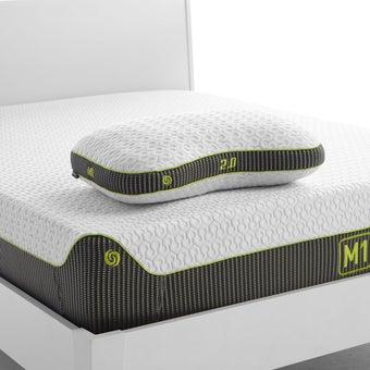 39006775-mattress-bedding-pillows-bed-pillows-31