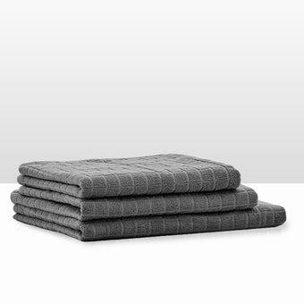 39013410-bathroom-bath-linens-towel-31