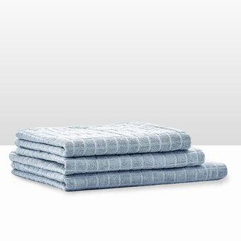 39013414-bathroom-bath-linens-towel-31