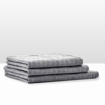 39013417-bathroom-bath-linens-towel-31