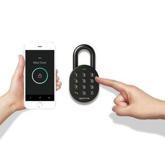 39015188-smart-home-home-security-digital-door-lock-03