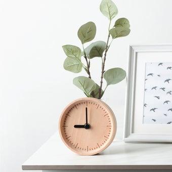 Pana objects นาฬิกาตั้งโต๊ะ MILLI Natural B. White H.#PN-D030-NT-WH สีไม้อ่อน2