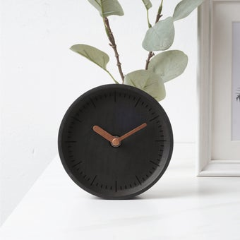 Pana objects นาฬิกาตั้งโต๊ะ MILLI Charcoal Black B. Copper H. #PN-D030-BK-CP สีดำ2