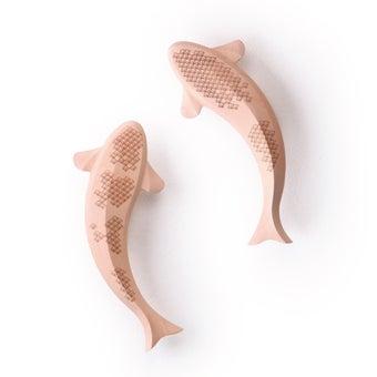 Pana objects ของตกแต่งติดผนัง LI Natural Doisu+Nian Hi2pcs Fish#PN-D053-NT-NHDS สีไม้อ่อน01
