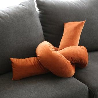 Storehaus หมอนทวิสต์ รุ่นPI0026 สีส้ม1