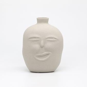 Storehaus แจกันหน้าคนขยิบตา รุ่นVA0005 สีขาว1